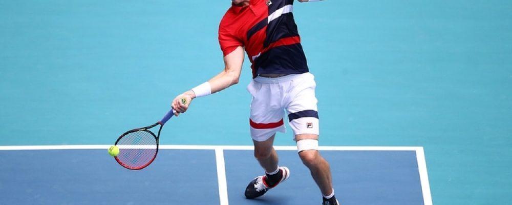 Deportes John Isner se convierte en la primera estrella del tenis auspiciada por una empresa de cannabis