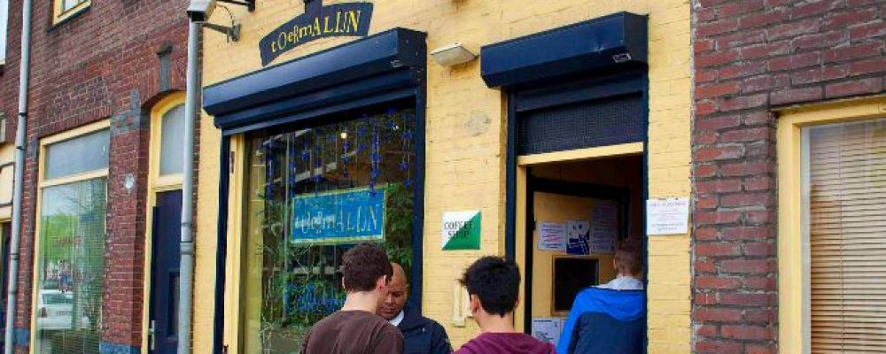 Coffee shops de Ámsterdam no podrán abrir antes de la salida de las escuelas