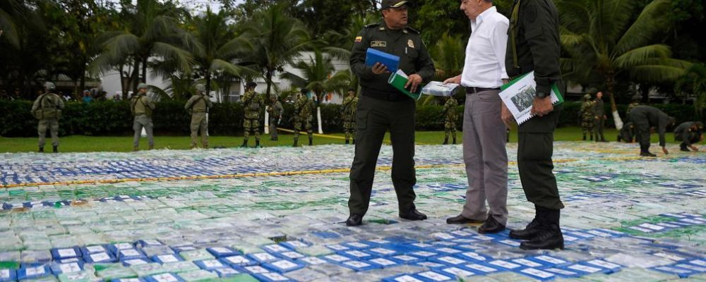 Colombia decomisa 13 toneladas de cocaína, la mayor incautación de su historia