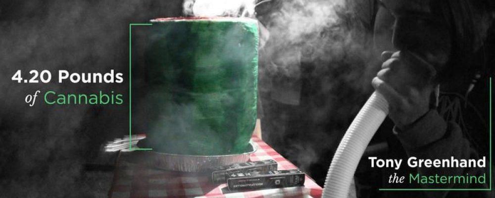 Dos jóvenes estadounidenses baten el récord de 'construir' el porro más grande capaz de ser fumado